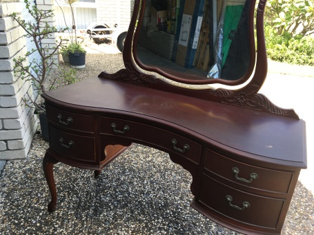 dressing table makeover 6
